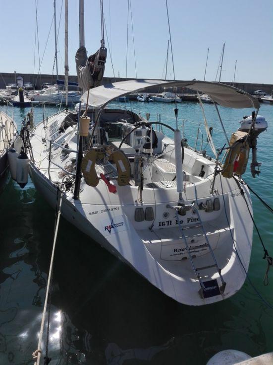 Barco de vela de 12.60 metros de eslora