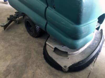 Fregadora/Secadora de Suelos TENNANT 5680