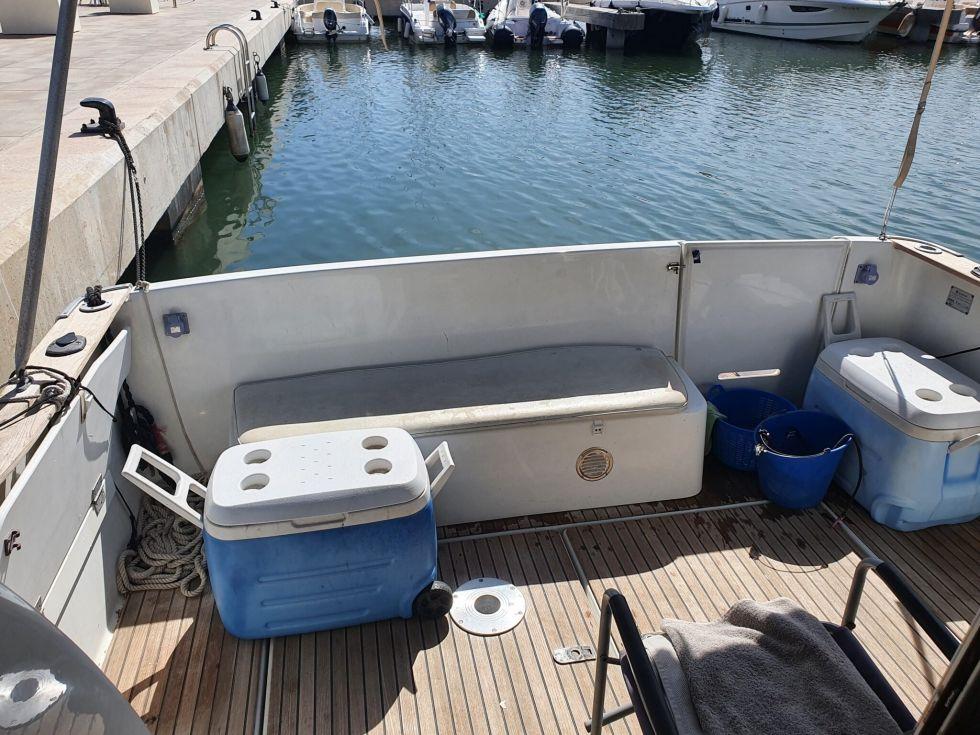 Embarcación de 9,76 metros de eslora