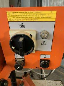 Máquina de taladrado e inserción de clavijas BLUM MINIPRESS MSP