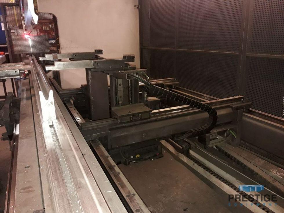 Prensa plegadora hidráulica CNC de 8 ejes Bystronic de 165 toneladas