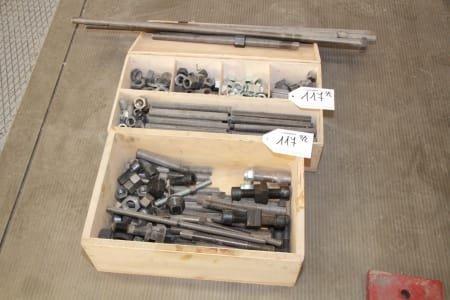 Lot of fixing tools