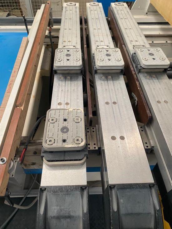 Centro de mecanizado a 4 ejes-mecanizado de bloq