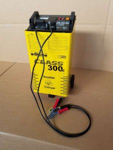 DECA CLASS300E Battery Charger
