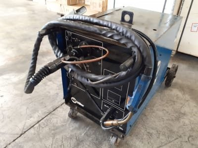 MILLER 320 A Wire Welder