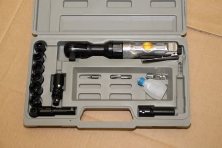 Pneumatic Angled Wrench