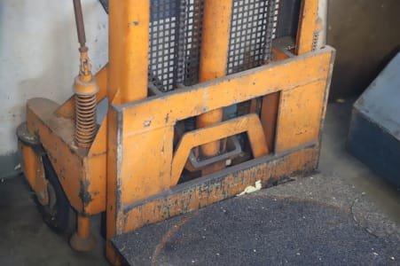 ALMOCAR FSS-18523/131 Electric Pallet Truck