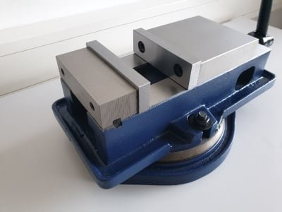 ROGI MVB125 router clamp