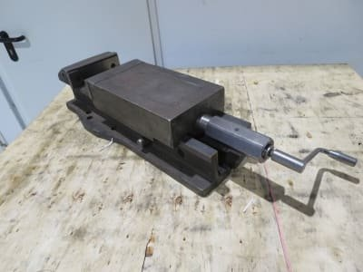 RÖHM 744-05 Machine vice hydr.