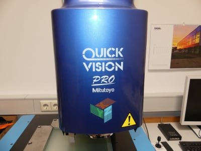 MITUTOYO Quick Vision Pro 3D Image Processing Measuring Device