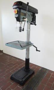 Column drilling machine UWM UWM 32A