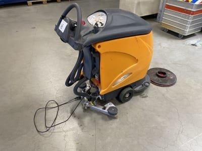 TASKI Swingo 755B Floor scrubbing machine