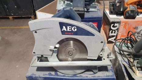 Lot of circular saws