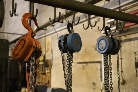 SUHLER Lot of Chain Hoists