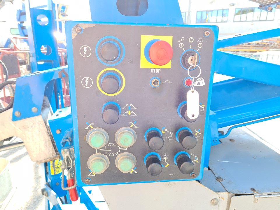 Plataforma aerea 12mt Genie TMZ 34/20