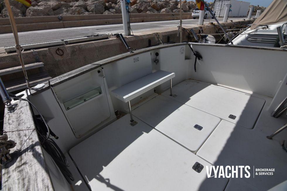 Embarcación Antares 10.80