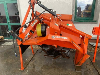 COSMECO CMB100/1000 Single-Double Wheel Ditcher