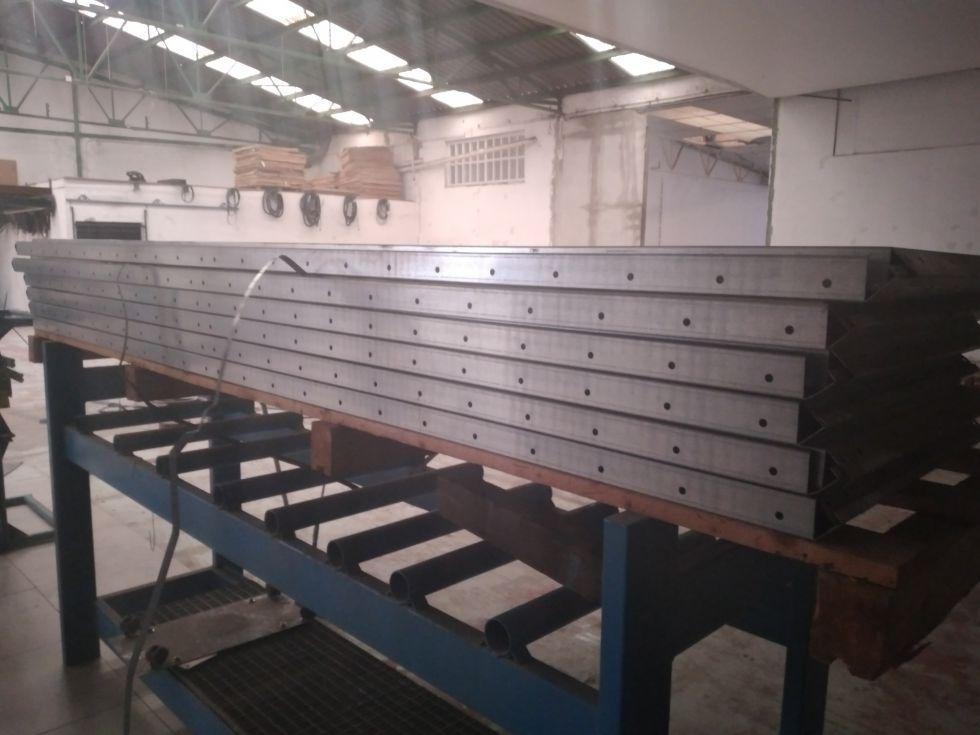 estanteria de chapa galvanizada