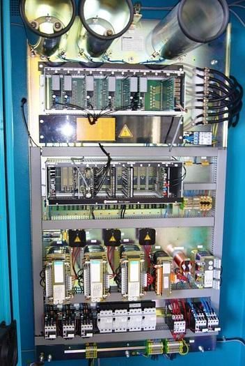 Máquina de electroerosión mediante electrodo de disco ( a control CNC)
