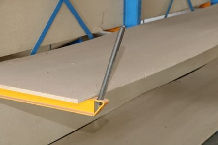 Double-sided cantilever