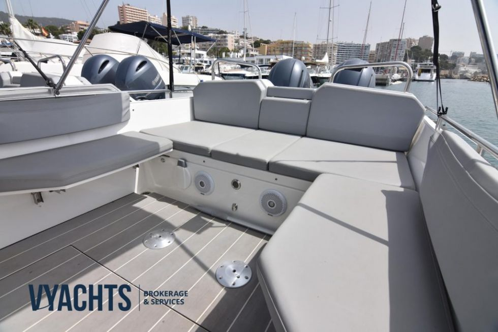 Embarcación Agapi 950 OB 2016
