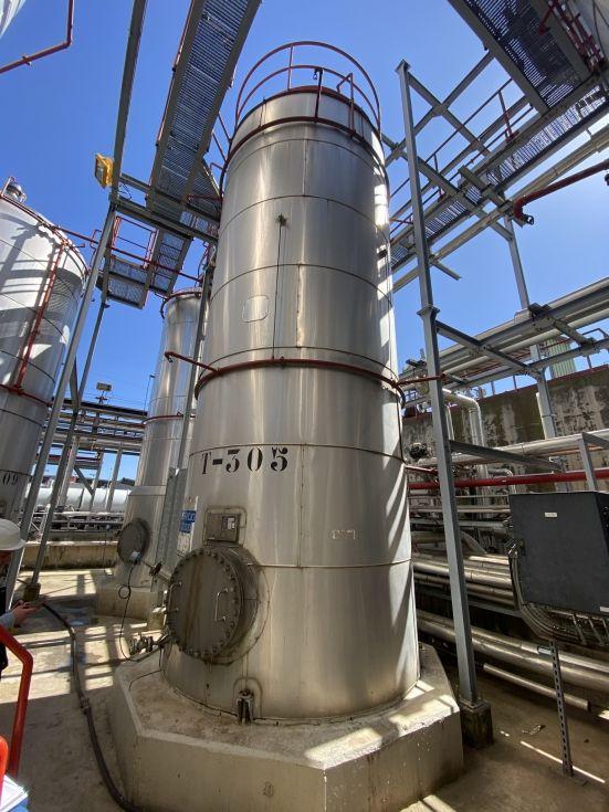 Deposito apq nipro acero inoxidable 304 30.000 litros con serpentin de segunda mano