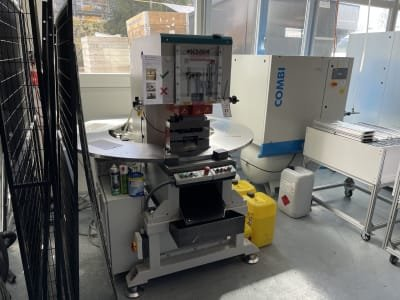 KM & W KL-HST 40 Punching Machine