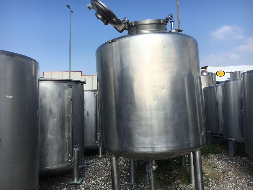 Depósito 1.000 litros isotermo en acero inoxidable