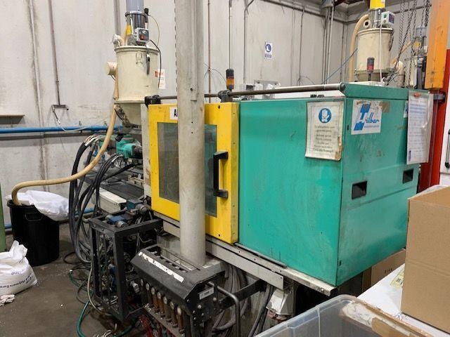 Inyectora termoplástico 70 ton