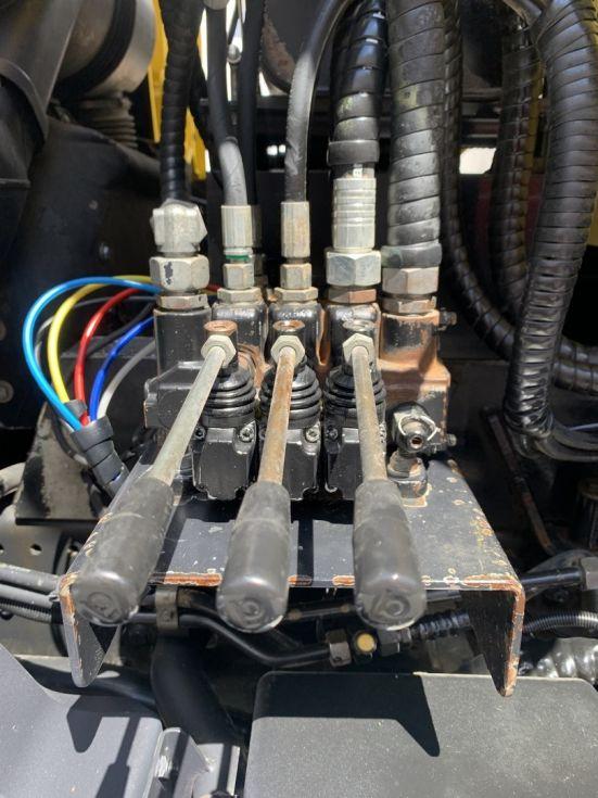 Camion basculante Man Tgs 41.480 Bennes Manjot PARABLOC