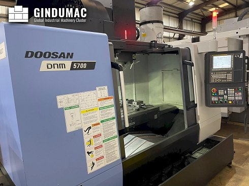 Doosan DNM 5700