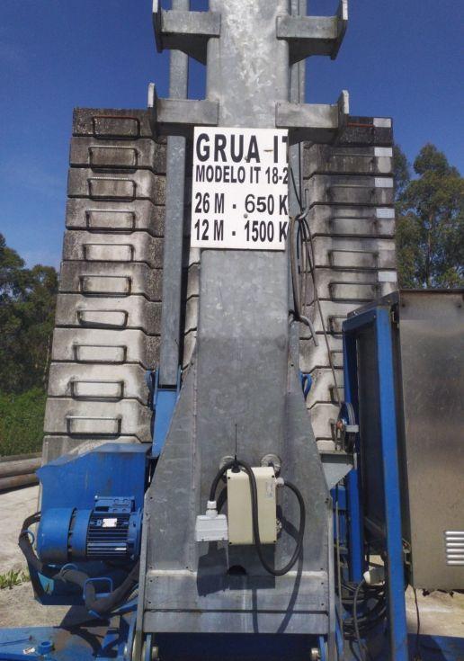 GRUA AUTOMONTANTE 26 m