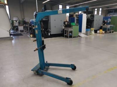 Mobile Workshop Crane