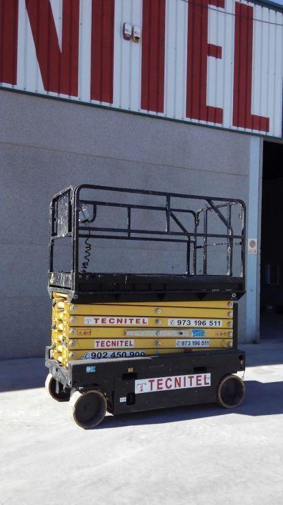 Plataforma tijera electrica 14 mts. estrecha