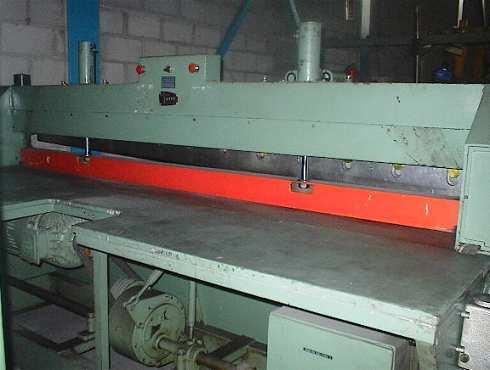 Cizalla guillotina