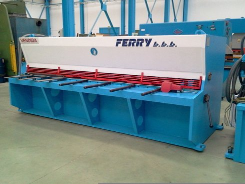 Cizalla hidraulica Ferry CHV-306 de 3.000x6mm