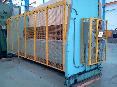 Plegadora de compensación hidráulica Mebusa 155 de 5.000x150t