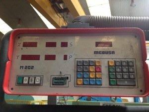 Plegadora de compensación hidráulica  Mebusa PH-154 de 4.000x150t con CNC 2 ejes puesta a punto como nueva
