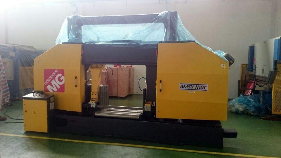 Sierra para grandes capacidades, 1100 x 1300 mm
