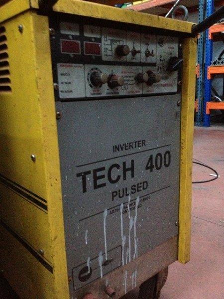 Soldadura de arco pulsado Cea Tech 400 Pulse