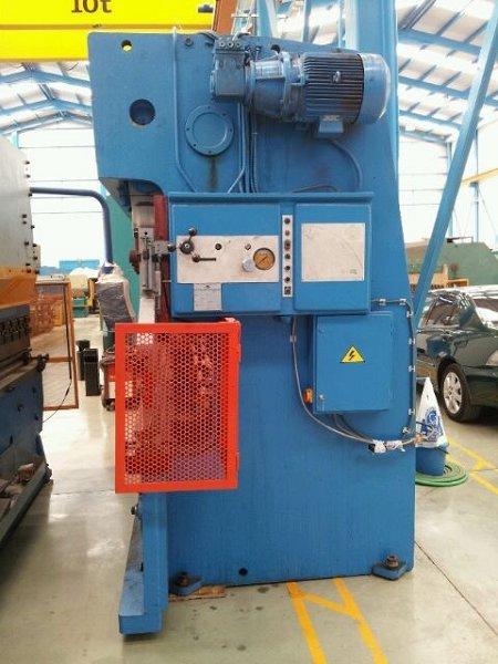 Plegadora hidráulica Ajial de 5.000x170t CNC 2 ejes