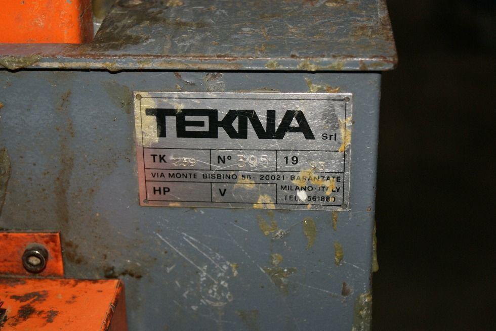 Maquinaria para aplicar sellador en carpinteria aluminio