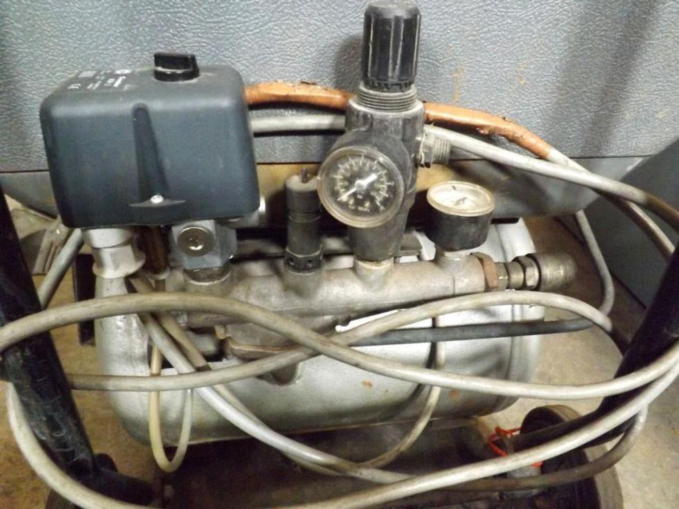 Compresor de pistón portátil