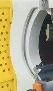 Plegadora hidráulica sincronizada Ferry PCN-3.160 de 3.000x160t a 3 ejes (Y1-Y2-X)