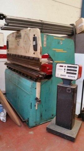 Plegadora hidráulica Mebusa de 2000x50t CNC a 1 eje
