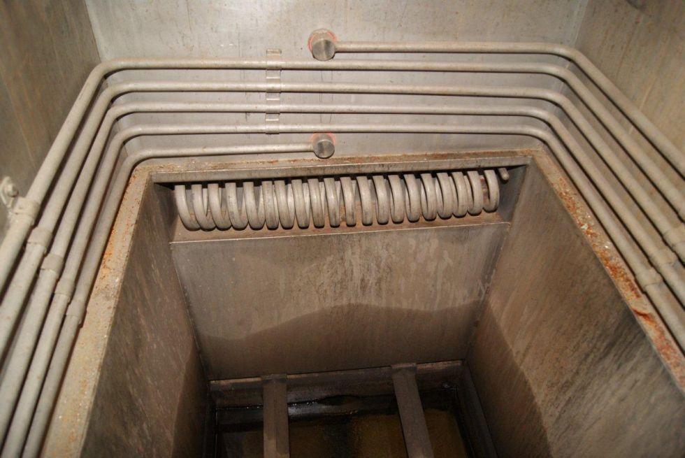 Bañera calefaccionada para limpieza de piezas
