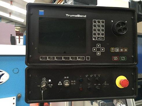 Plegadora Trumpf TrumaBend V 130 sincronizada a 6 ejes