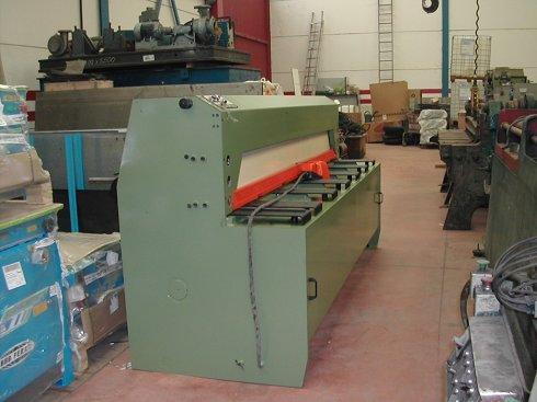 Cizalla hidráulica Guifil Mini 325 de 2.500x3mm