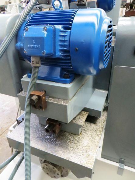 Rectificadora cilindrica universal hidráulica