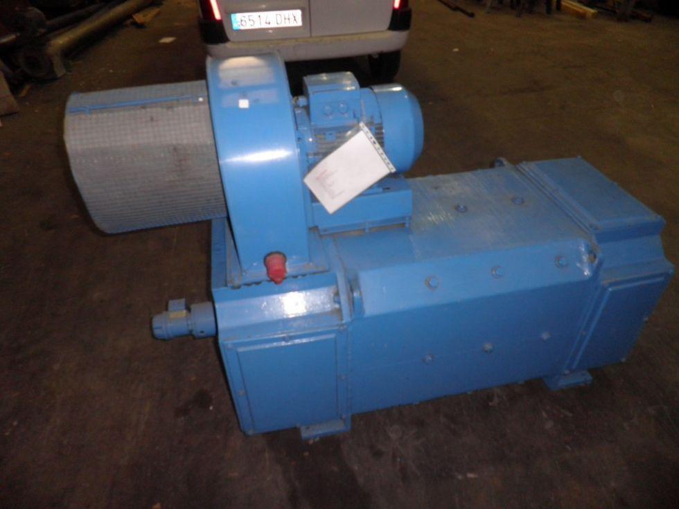 Ref. 125V13 Motor de Cte. Cta. INDAR de 405 KW Tipo KN-315-L-S. Año: 1.998. – Estado NUMotor INDAR